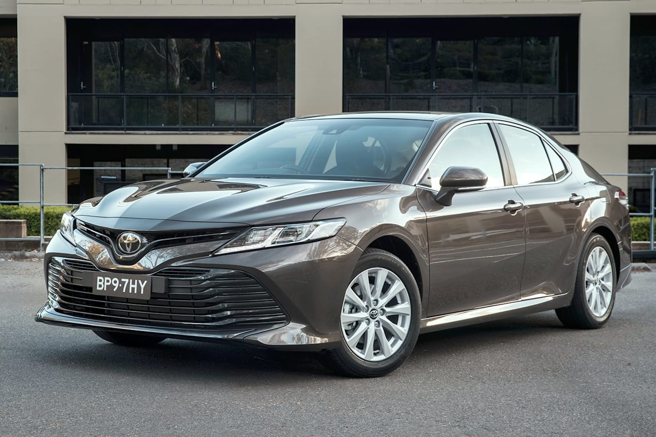 2019 Toyota Camry Ascent Front Side Static Jpg
