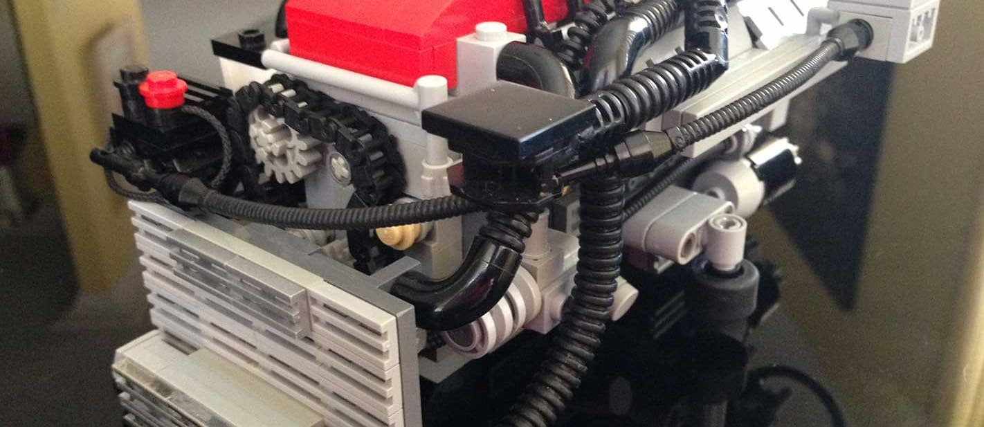 Meet the man building Aussie Ford engines from LEGO