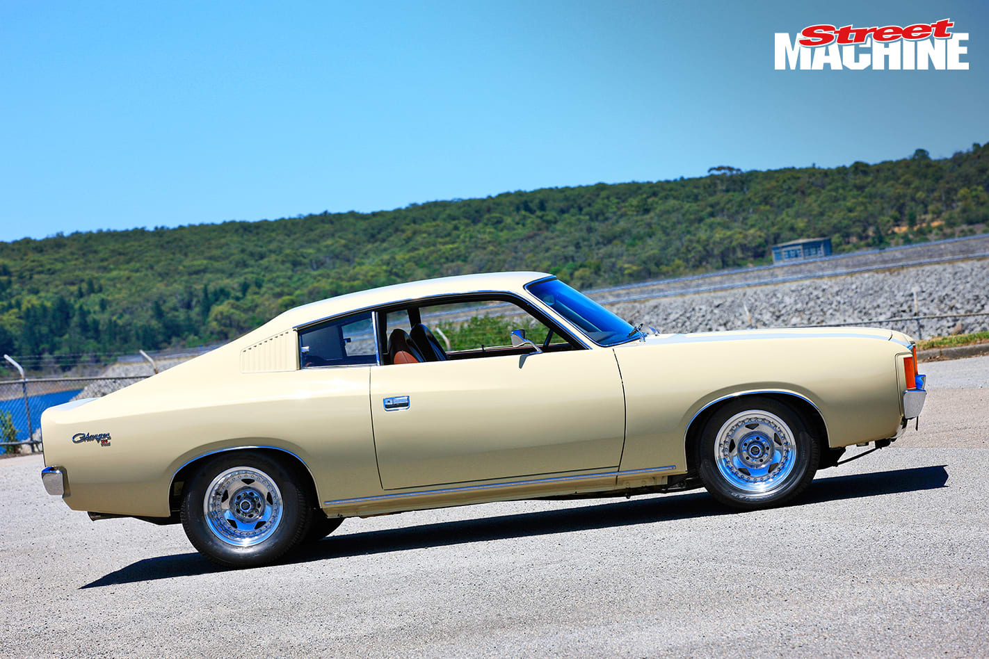 VJ Valiant Charger 2 Nw