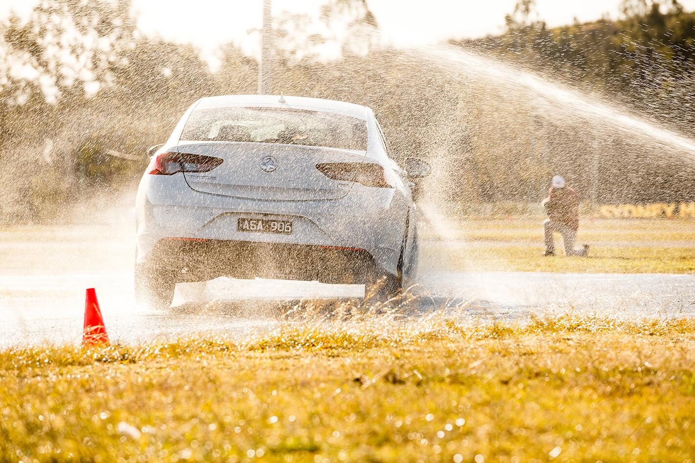 2018 Wheels Tyre Test: Wet Cornering