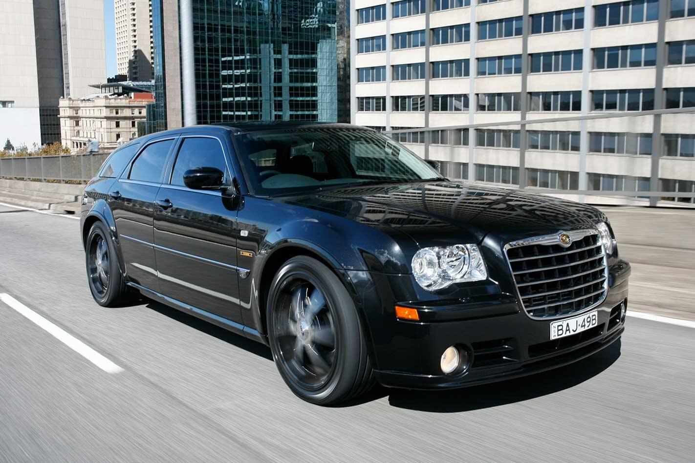 2007 Chrysler SRT8 E490 review classic MOTOR
