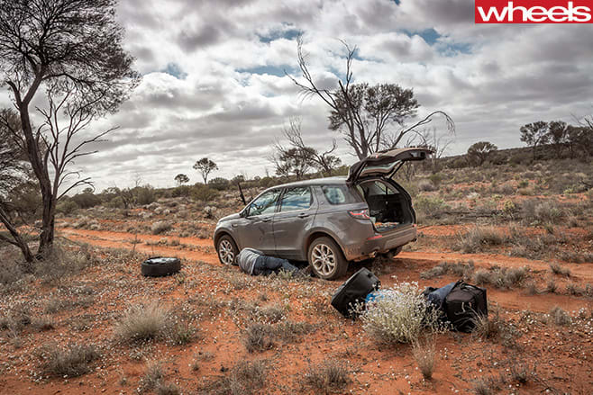 Land -Rover -Discovery -Sport -boot