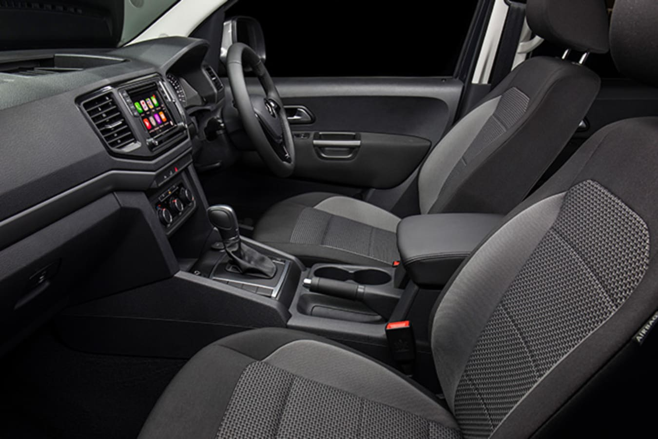 2017 Volkswagen Amarok interior