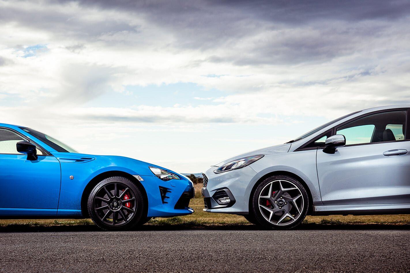 Toyota 86 vs Ford Fiesta ST comparison review