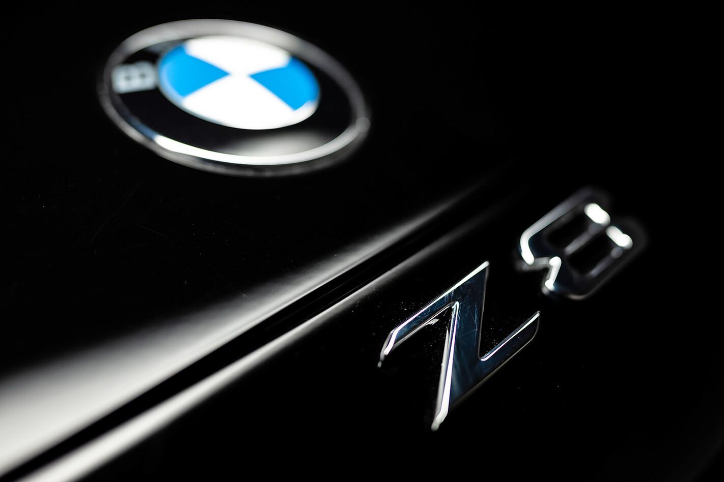 BMW Z8 badge