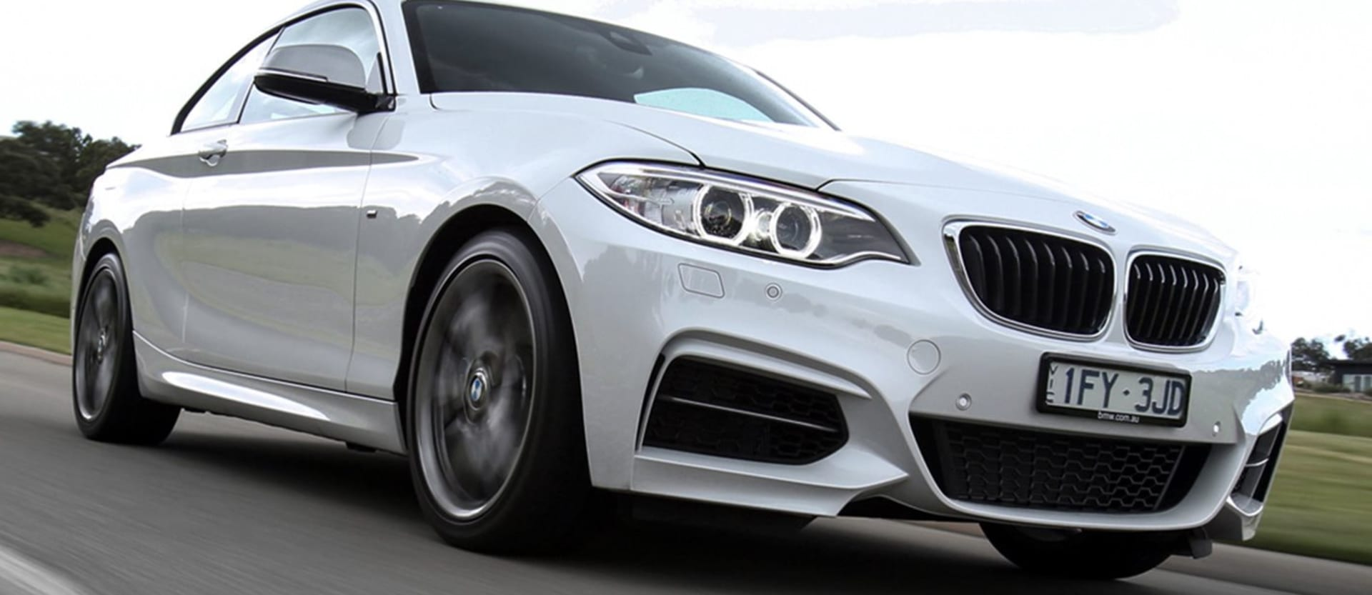2016 BMW M240i review