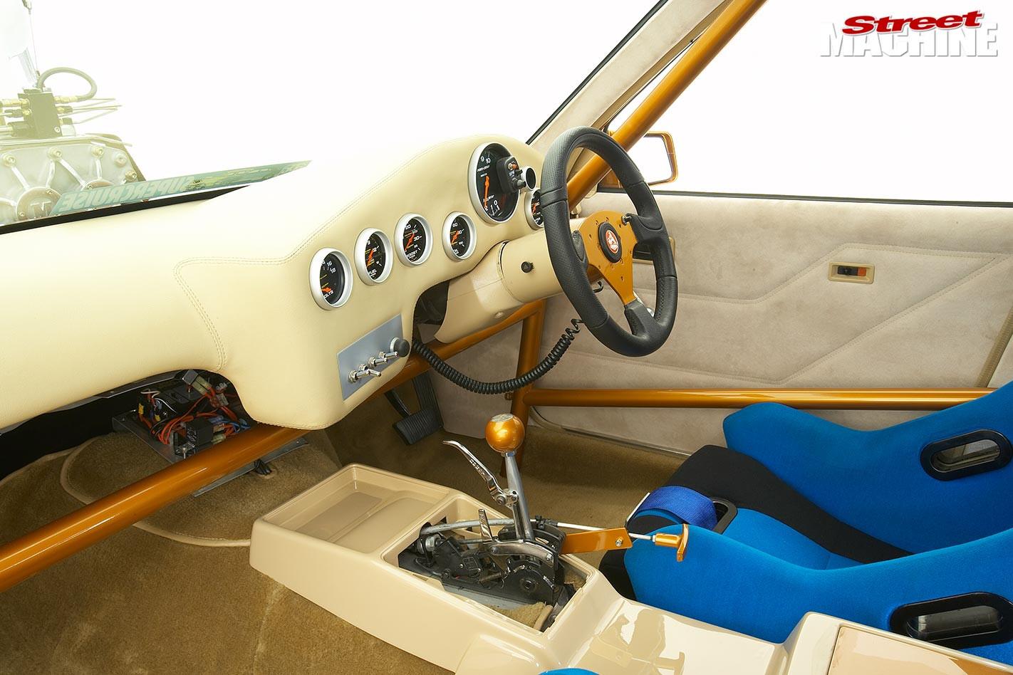 Holden VL Commodore dash