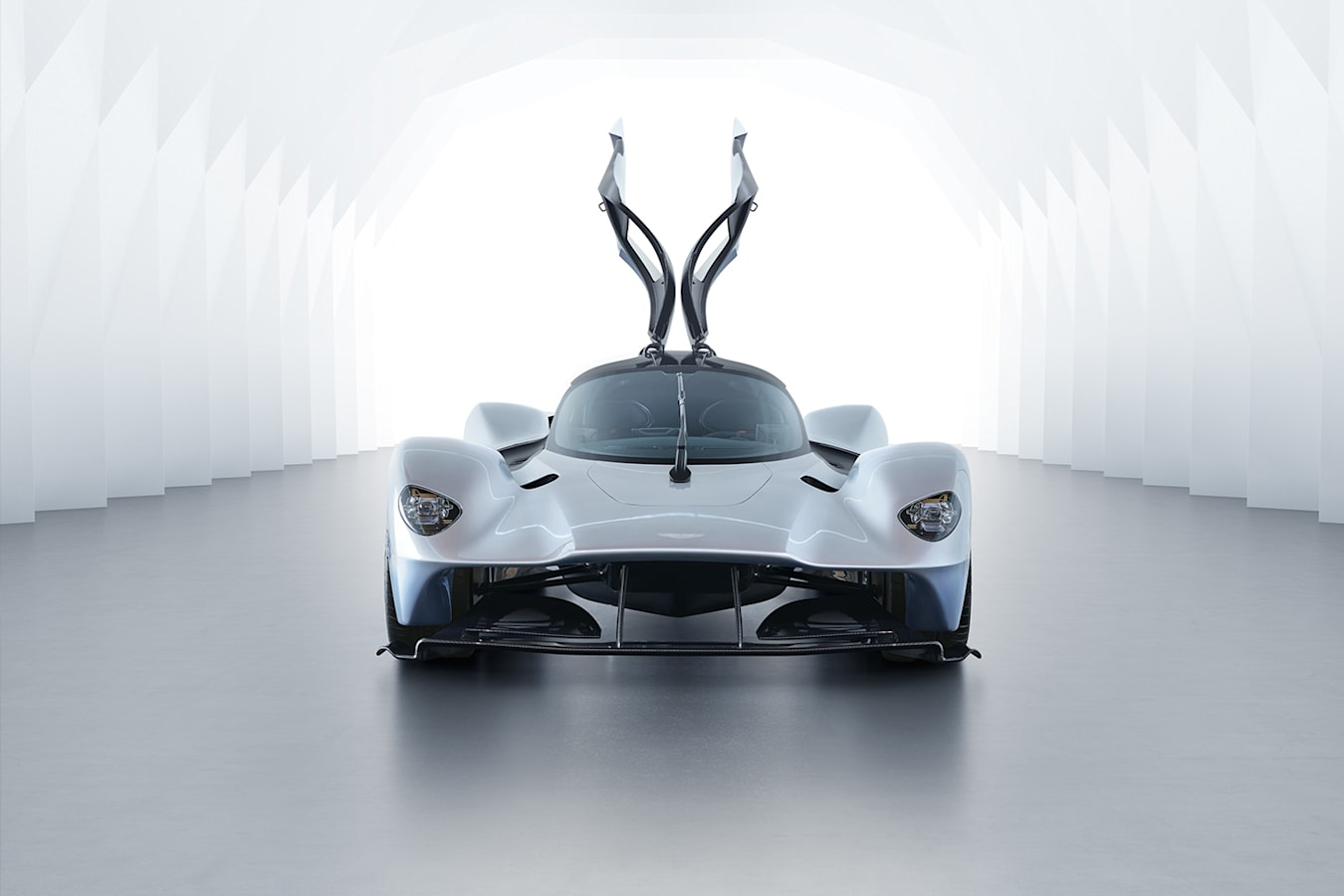 F 1 Tech For The Road Aston Martin Valkyrie Jpg