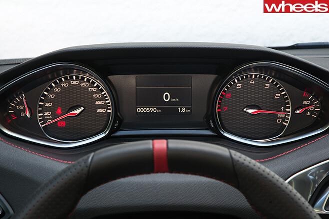 Peugeot -308-Gti -steering -wheel -and -tacho