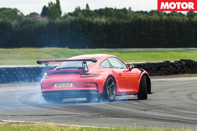 Porsche 911 gt3 rs drift
