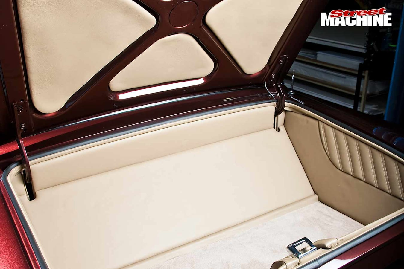 Ford Compact Fairlane boot