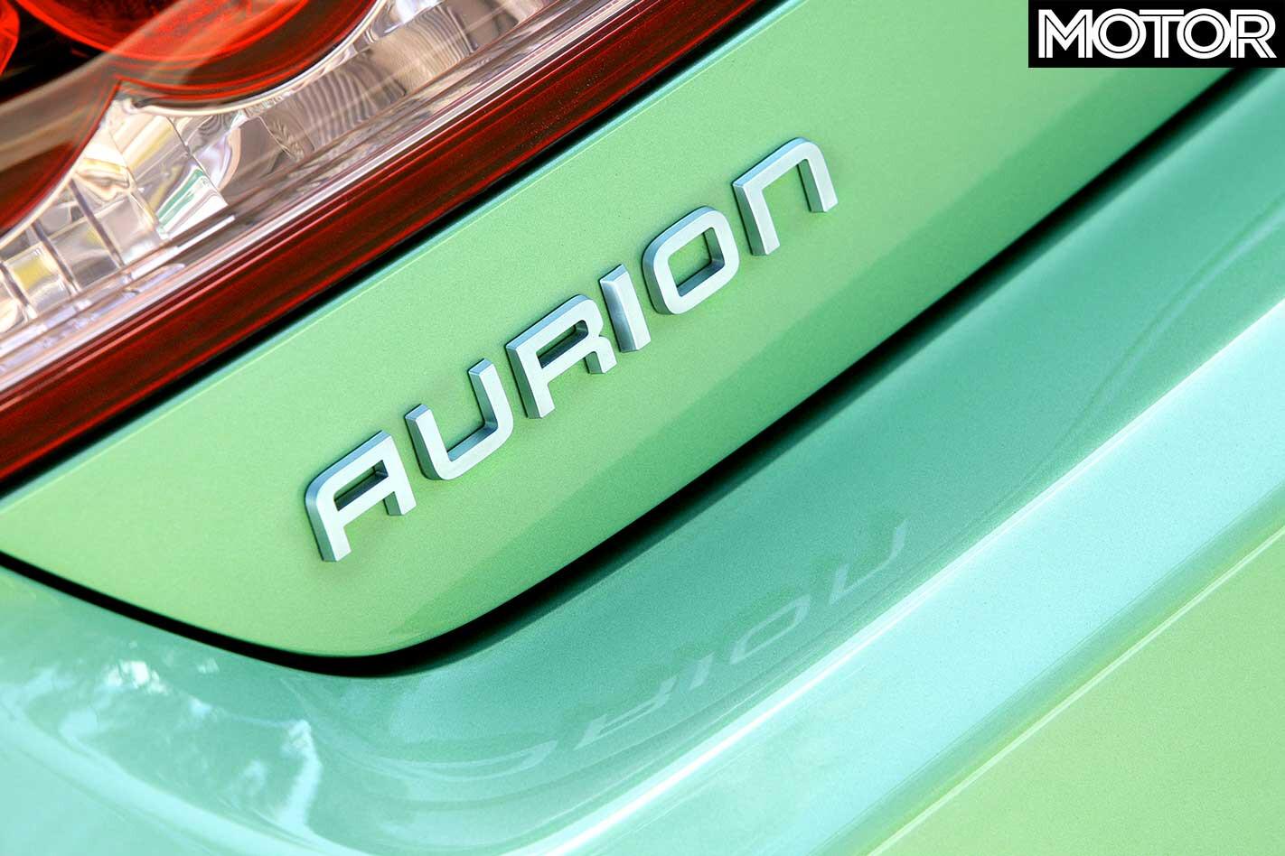2006 Toyota Aurion Rear Badge Jpg