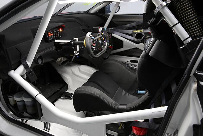 BMW M6 GT3 interior