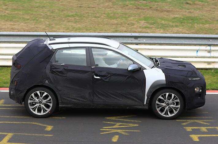 2017 Hyundai Kona spy images