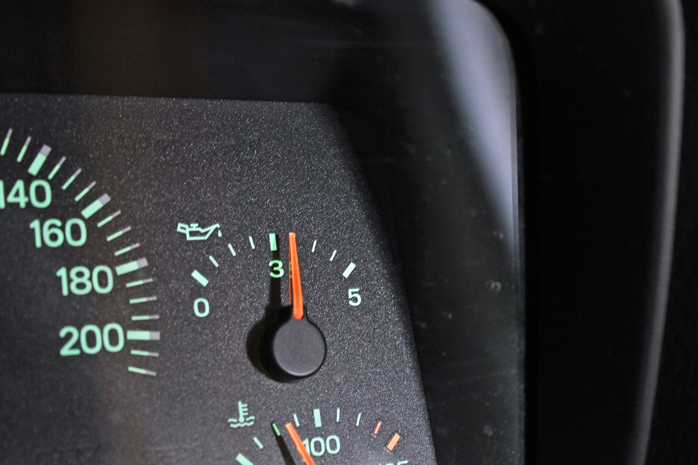 Start-engine-and-allow-oil-pressure-to-restore.jpg
