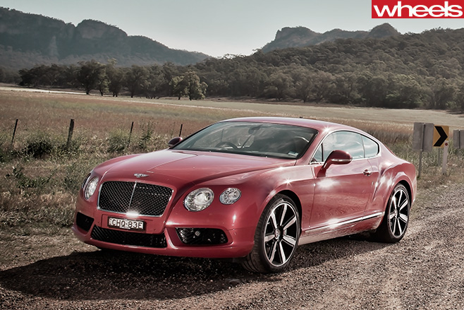 2013-Bentley -Continental -GT-front -side