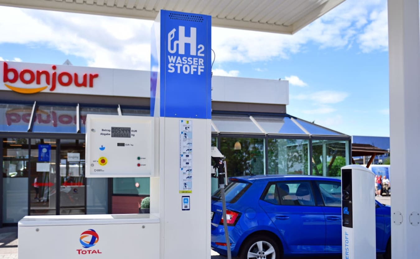 Total SE hydrogen filling station Germany