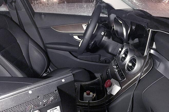 2017 Mercedes-Benz interior