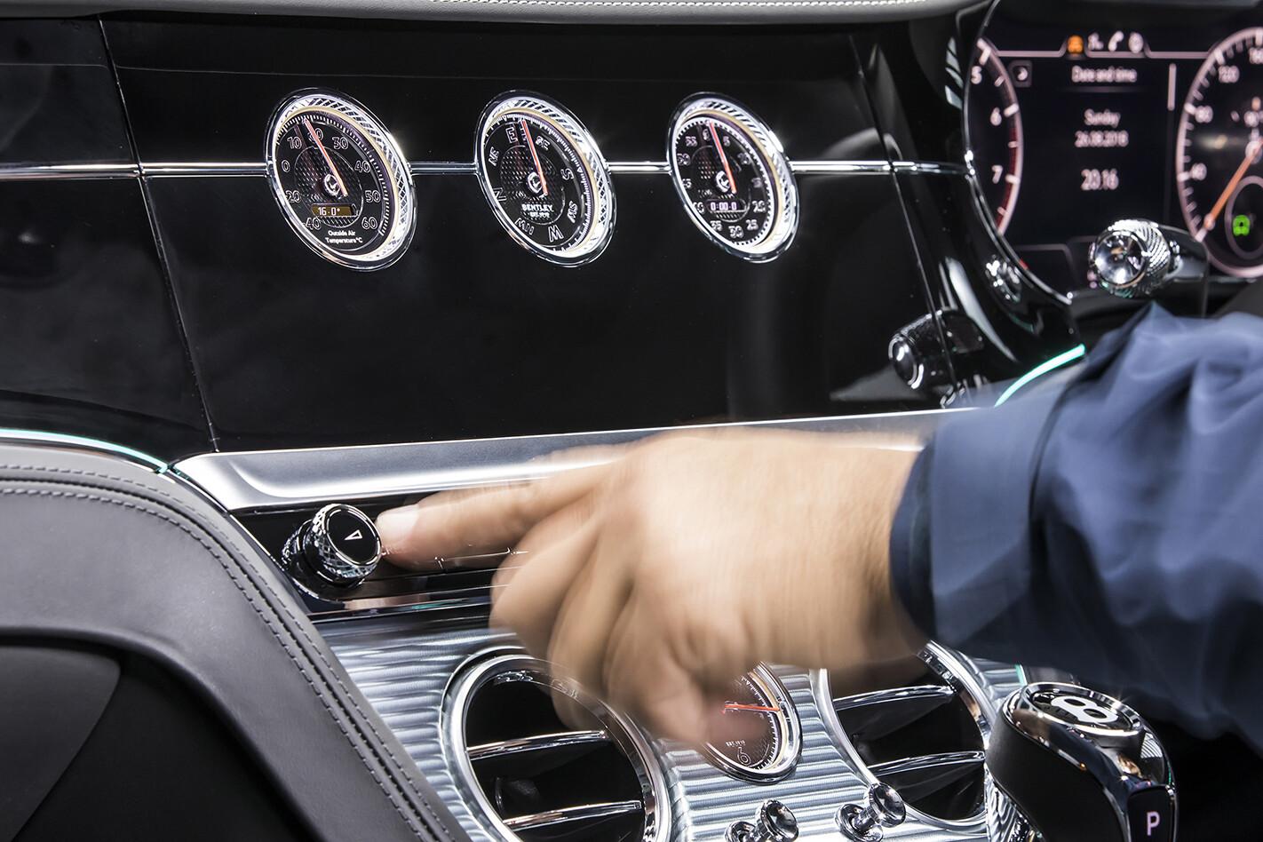 2019 Bentley Continental Gt Aust Interior Screenhidden Jpg