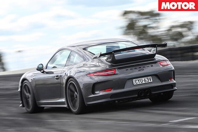 Porsche gt3 rear driving