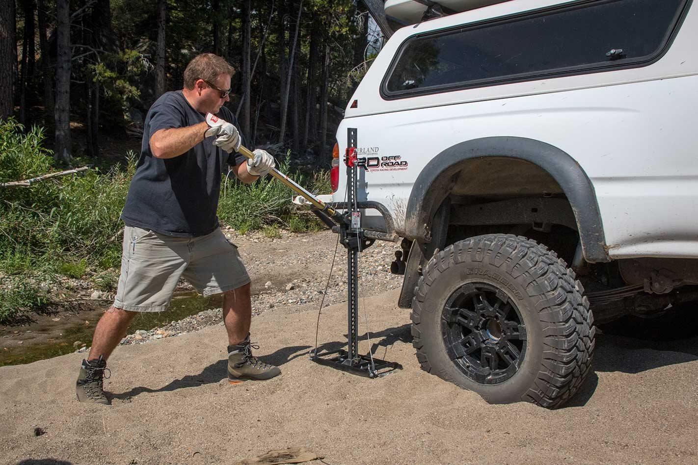 All-terrain jacks comparison test 4x4 product test