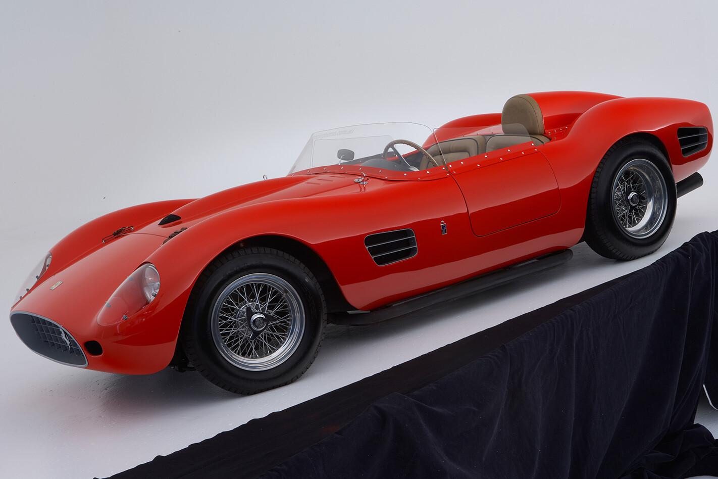 1959 Ferrari 250 Testa Rossa side profile