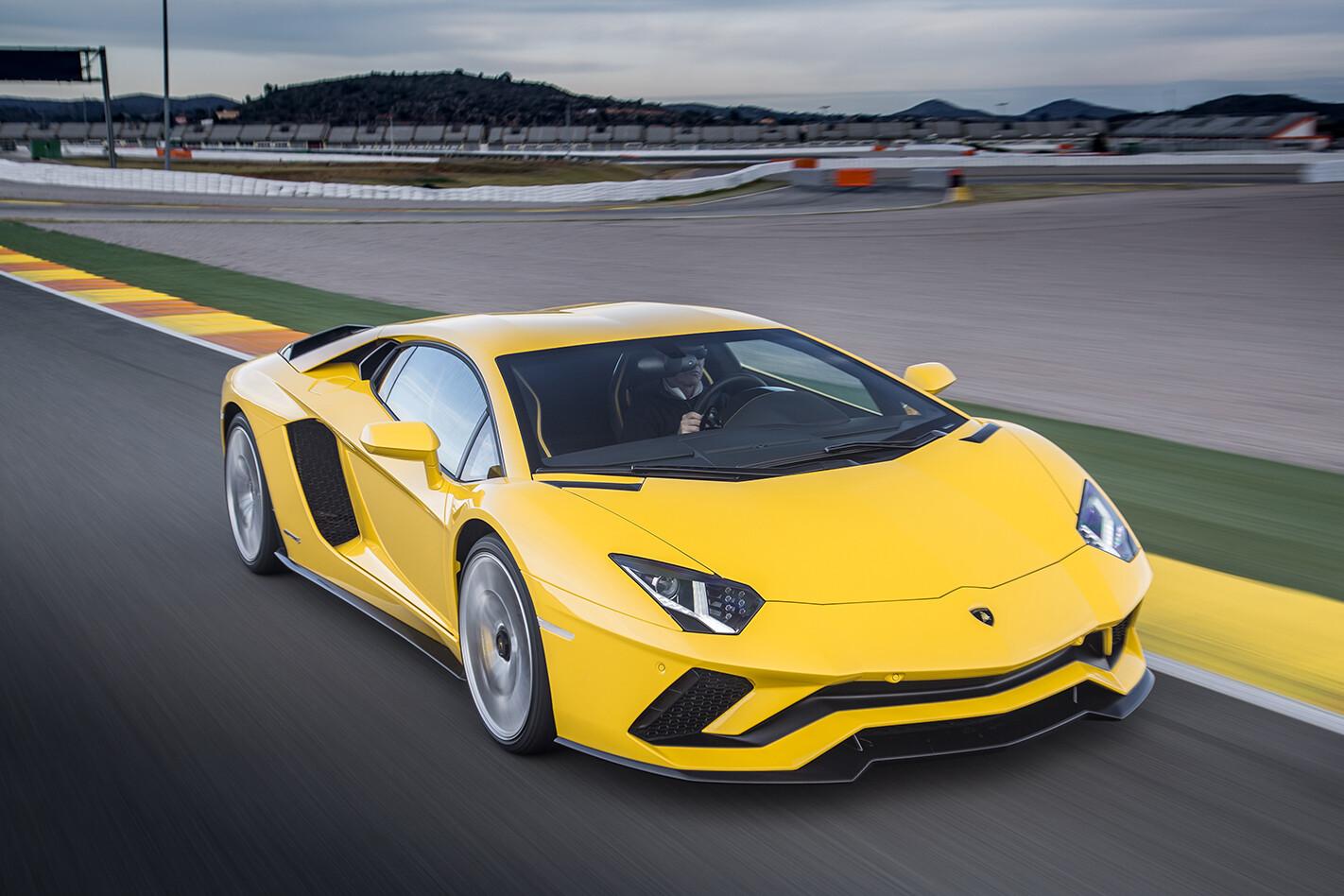 Aventador -S_Yellow __047