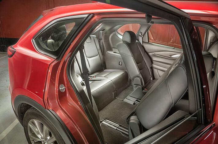 Cx 9 Gt Rear Seats Jpg