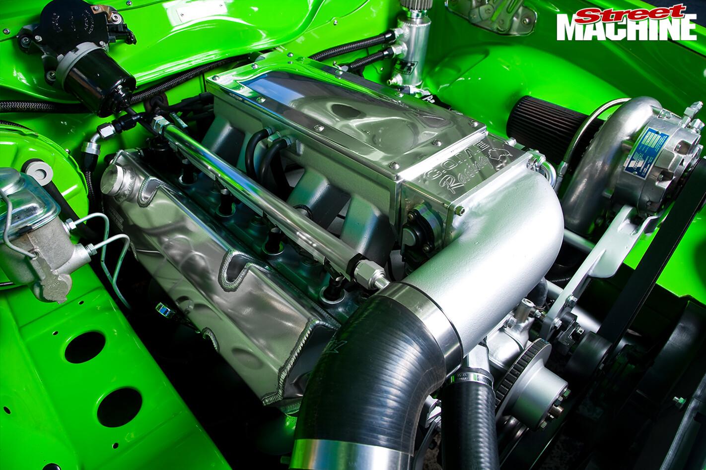 Holden -Torana -LX-Hatch -front -engine -detail