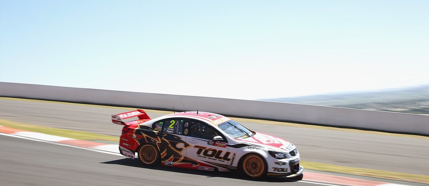 This Bathurst comparison is the perfect display of a race cars raw speed