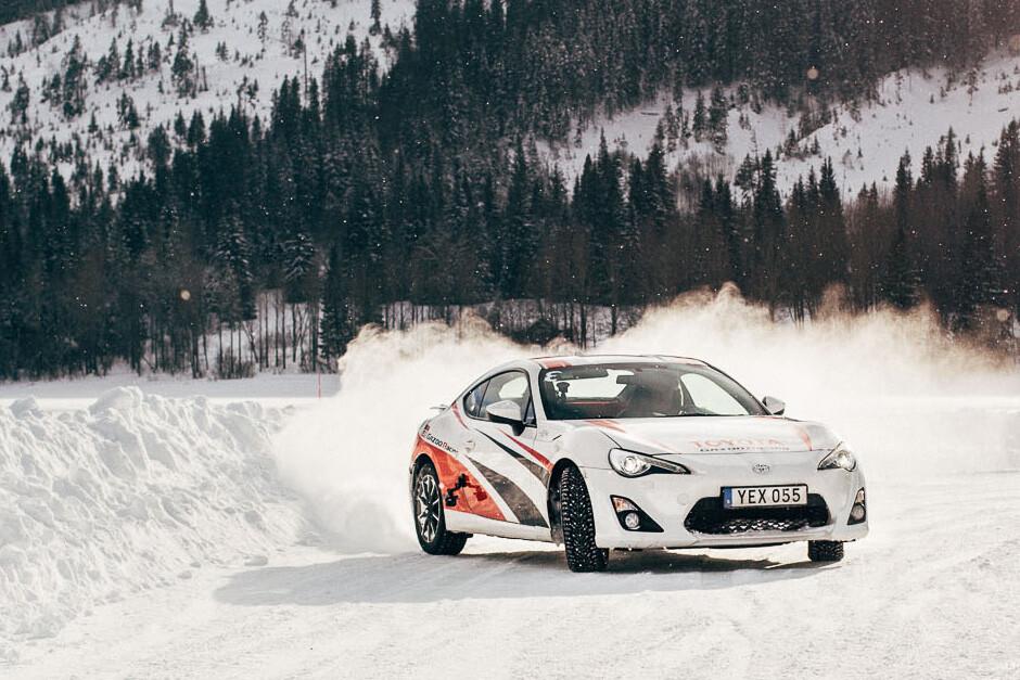 Toyota 86 Icedrive Front Drift Jpg
