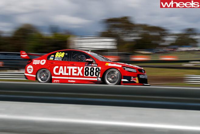 888-Racing -team -driving -side
