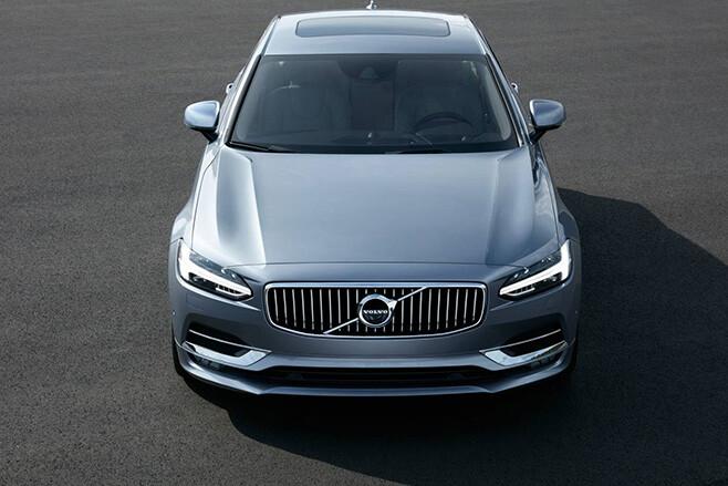 Volvo S90 top