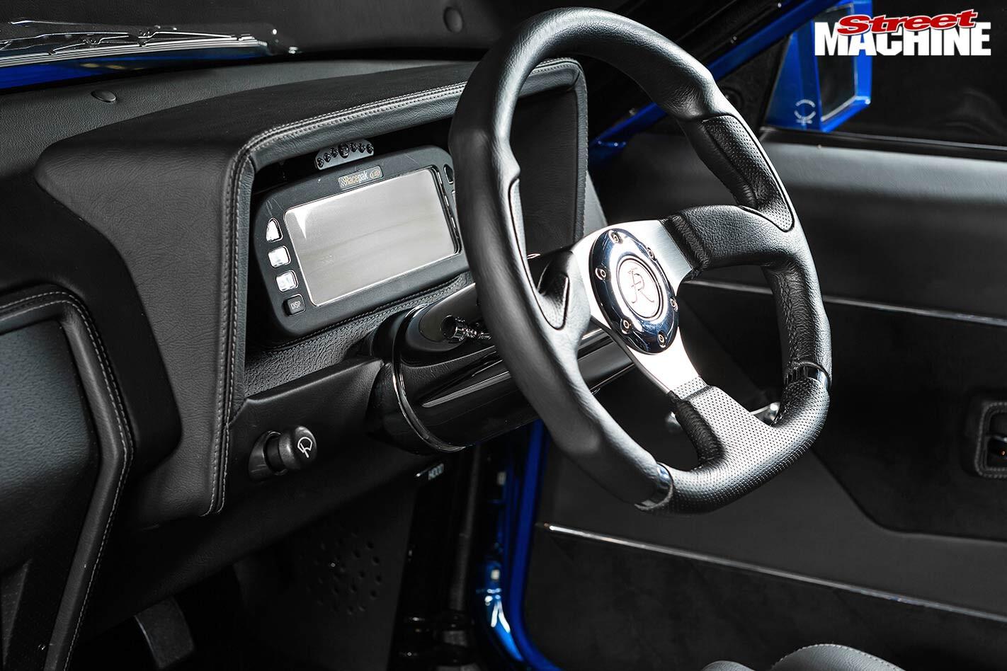 Ford XE Falcon dash