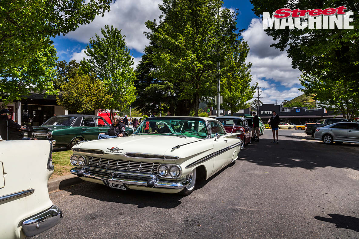 4 1959 Chevrolet Impala