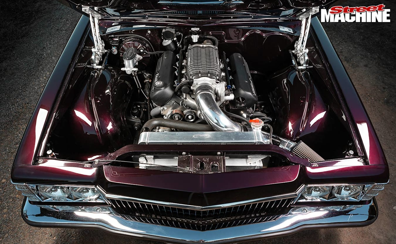 Holden HJ Monaro engine bay