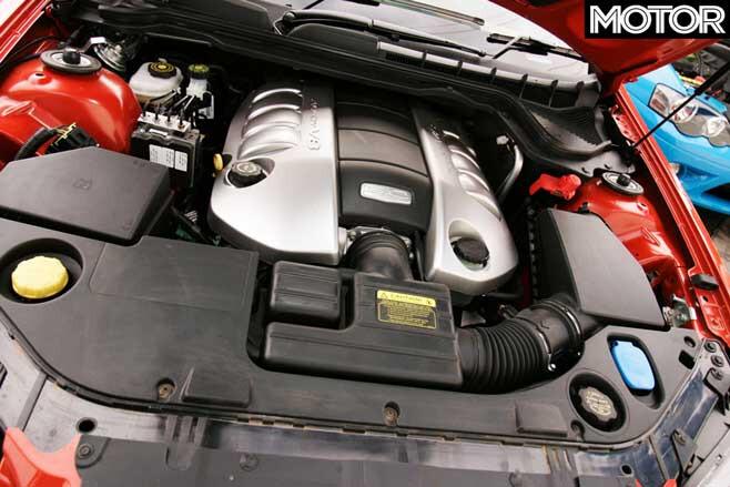2006 Holden VE Commodore SS V Engine Jpg