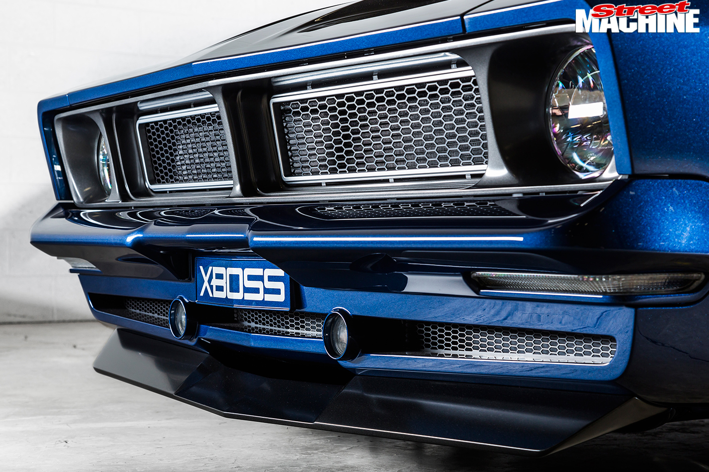 Falcon -XB-coupe -XBOSS-front -grille