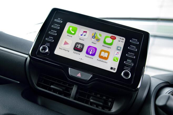 2021 Toyota Yaris SX Hybrid touch screen