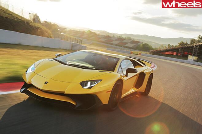 Lamborghini -driving -front -side