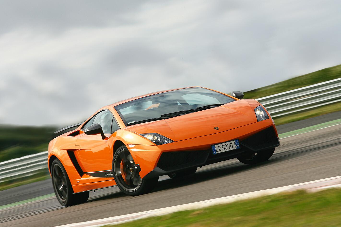 40 Lamborghini Gallardo Web Jpg