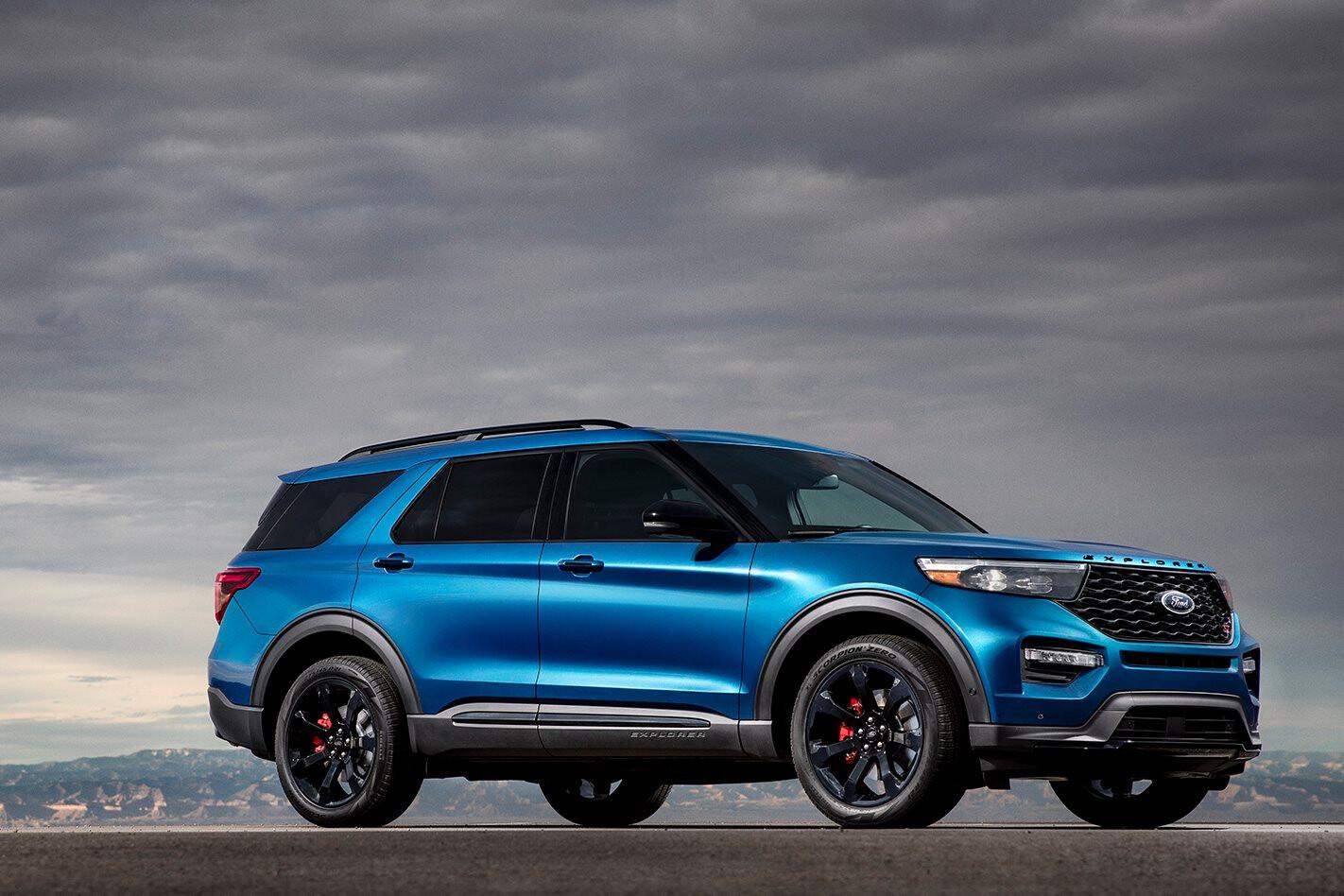 Ford Explorer 2019 blue