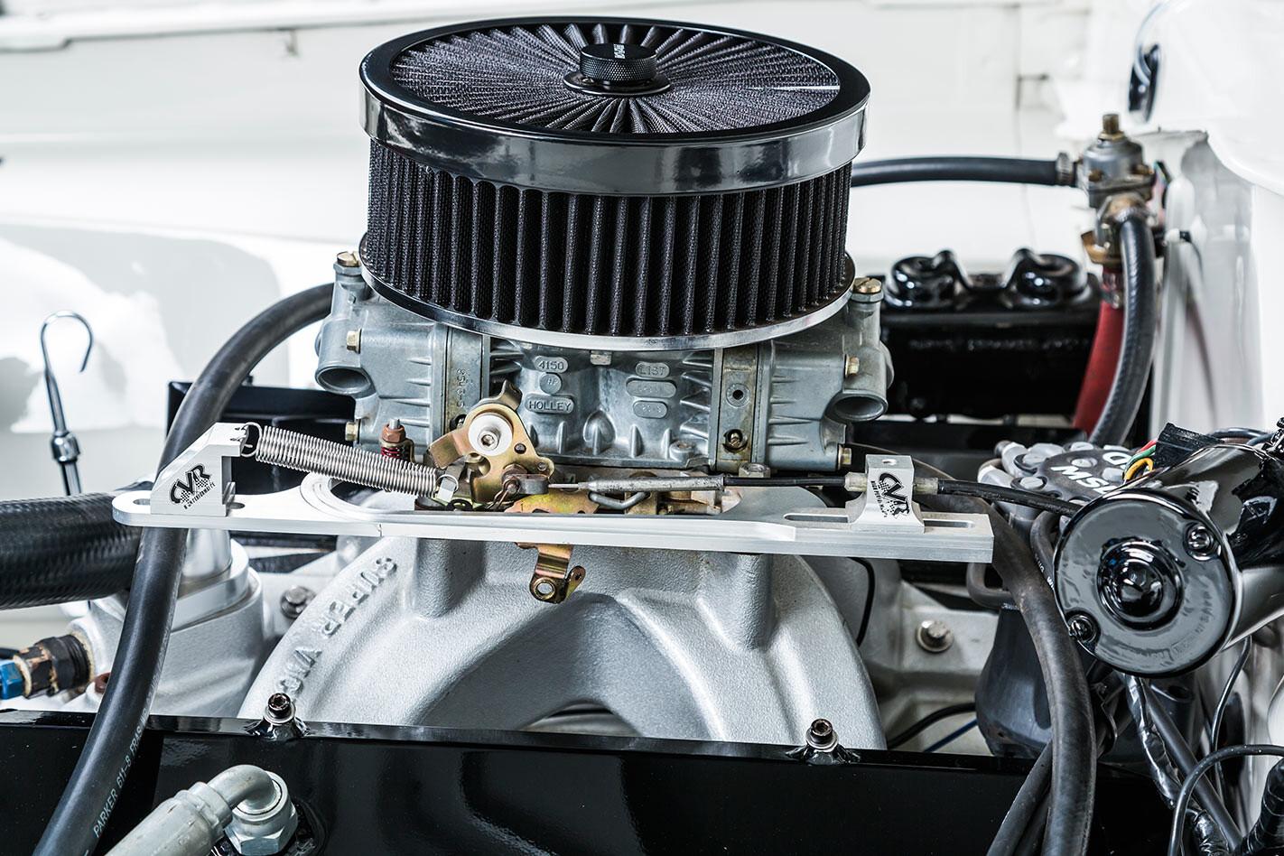 Chrysler VIP Valiant engine