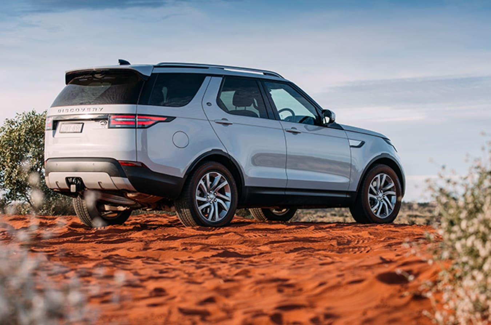 Land Rover Discovery 5 Rear Quarter Jpg