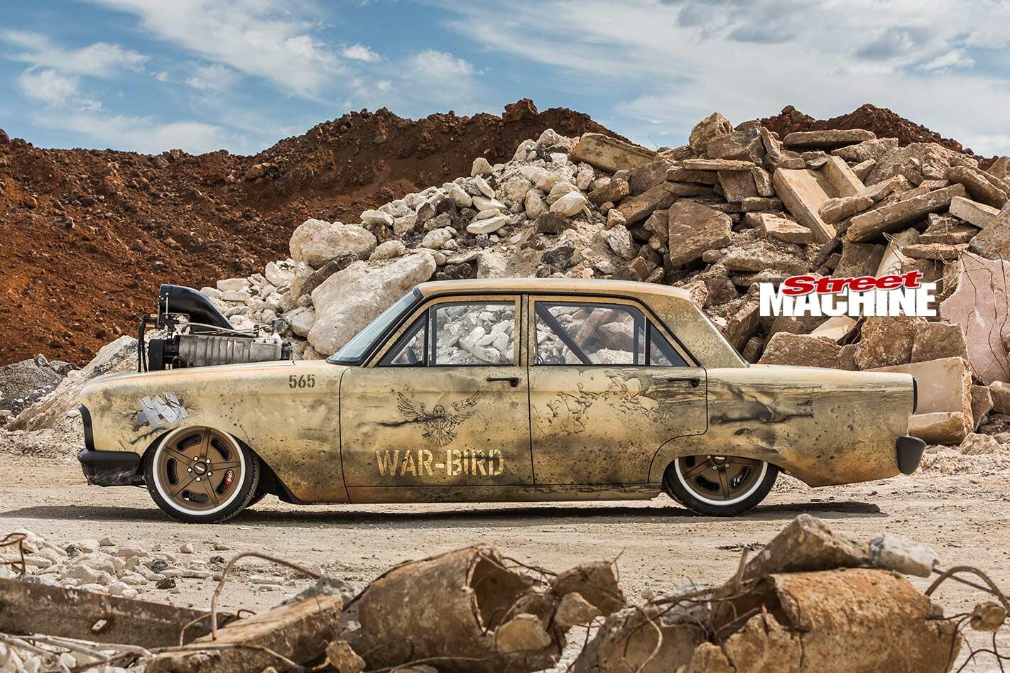 Ford Falcon XP war bird side