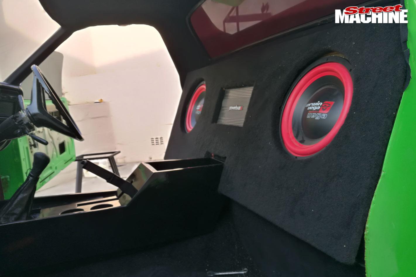 Ford Falcon XA ute speakers