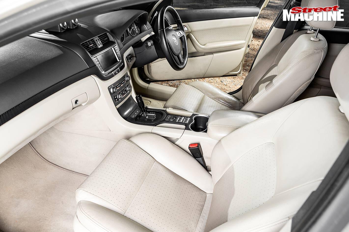 Holden VE Calais interior