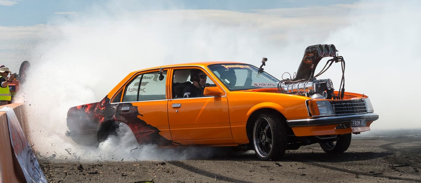 FROMHELL Commodore burnout