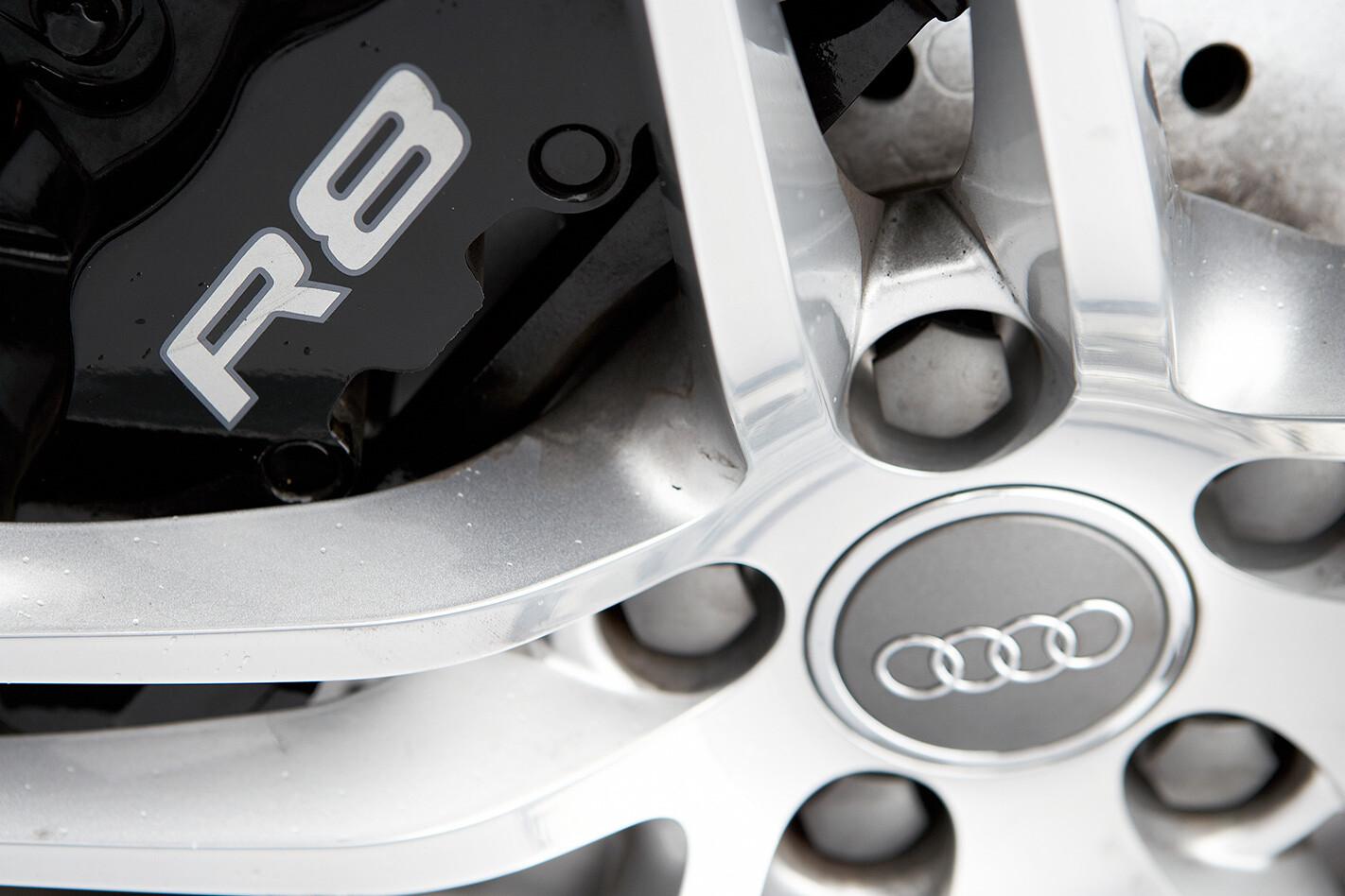 2008 Audi R8 wheel