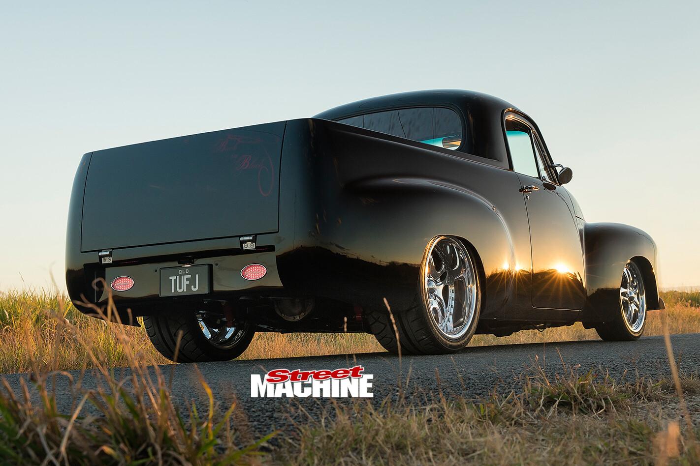 Holden -FJ-rear -angle